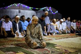 Al Houthis Ban Taraweeh Prayers in Sana'a