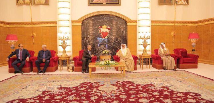 Bahrain King receives Yemen's PM
