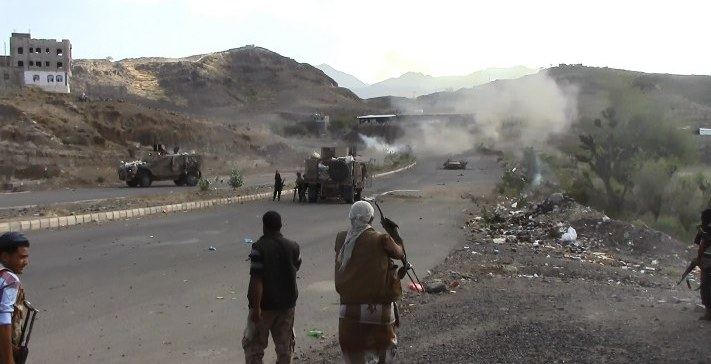 Battles continue, over 33 militiamen killed, injured in Taiz