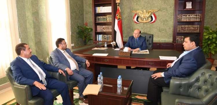 President Hadi inspects situations in Hajja and Raima