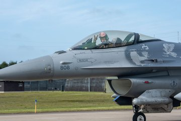 US F-16 Fightning Falcon Misawa AFB