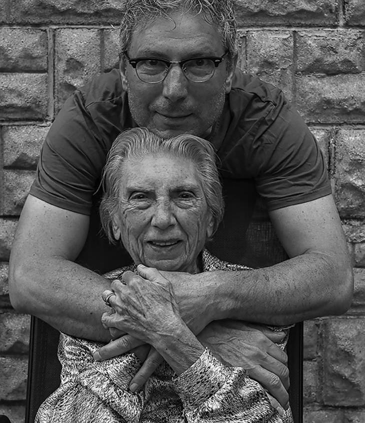 91 χρόνια παλιά μαμά