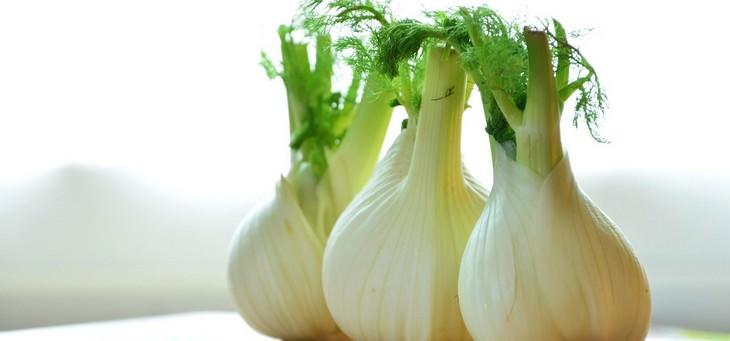 re-grow vegetables, water