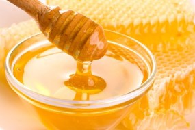 Masks of honey for a perfect skin