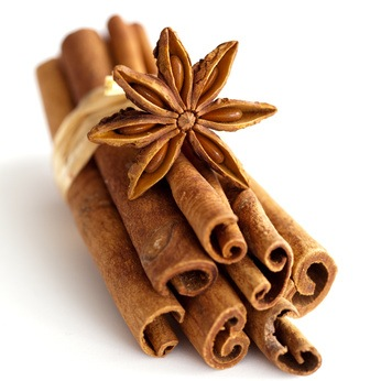 Nail and skin fungus (cutaneous mycoses): Super effective remedy with cinnamon