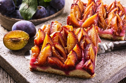 Three Christmas recipes with Plums
