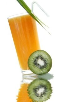 Detoxify your body with natural juices