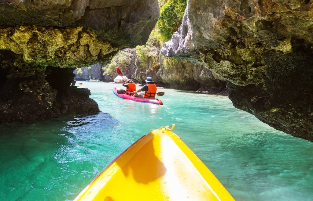 Your Guide to the World's Most Beautiful Island: El Nido, Philippines