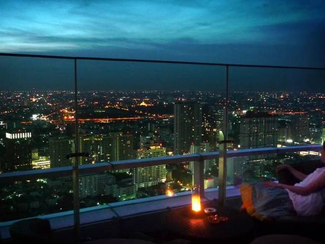 Experience the Bangkok Nightlife at These Rooftop Bars