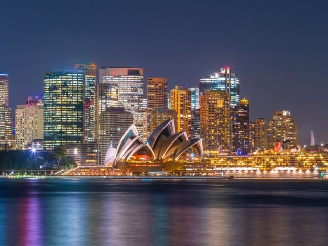 9 Most Exciting Sydney Night Activities For All Traveler Types