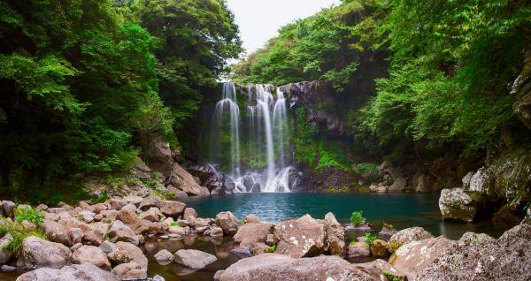 Discover Korea's Hidden Gems: A Jeju Island Travel Guide