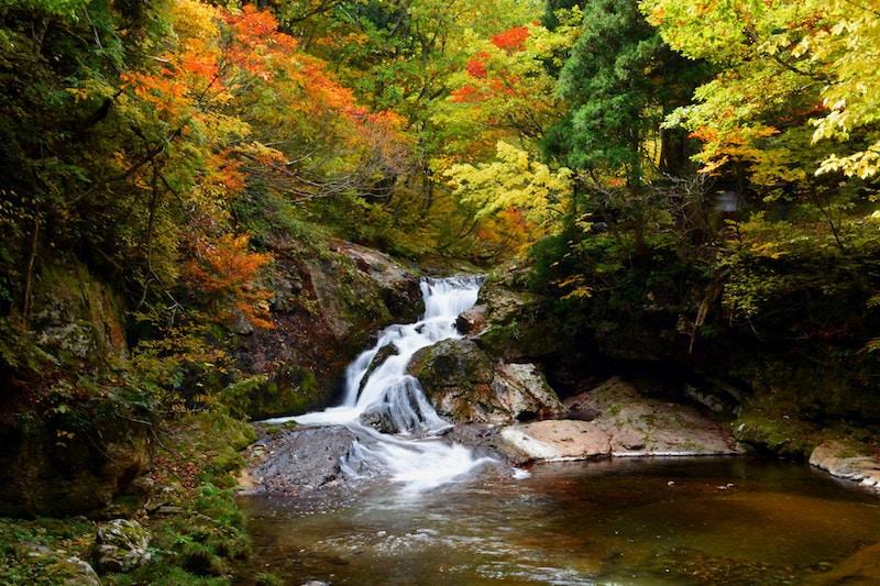4 Unbelievable Hot Springs in Japan: Ginza Onsen
