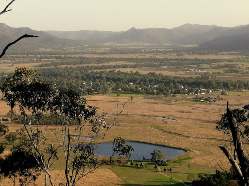 Things to do in Melbourne: Hunter Valley and Broken Back Range