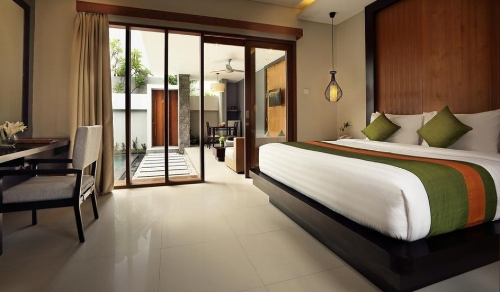 seminyak villas for couples