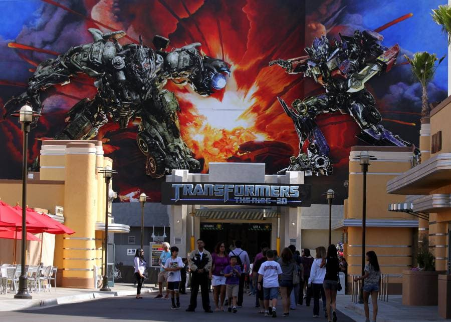 Transformers: The Ride 3D (image via Prayitno, Flickr)