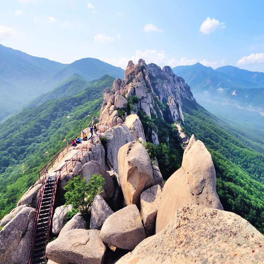 Ulsanbawi Rock Course