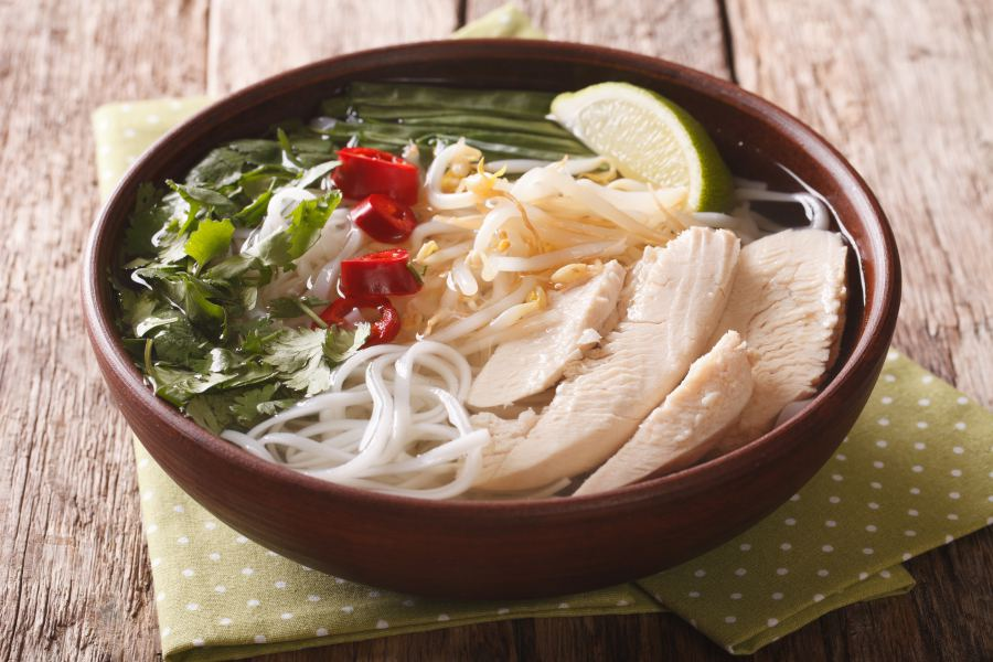 Must-try Vietnamese Dishes: Bánh canh (Big Noodles