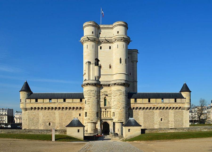 Paris Museums and Monuments: Château de Vincennes