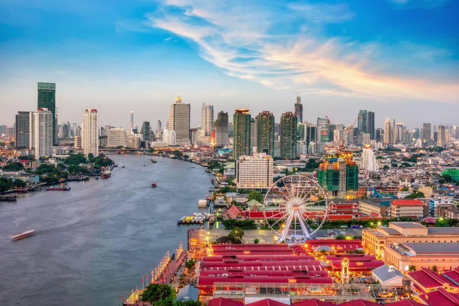 Chao Phraya River: Bangkok, Thailand