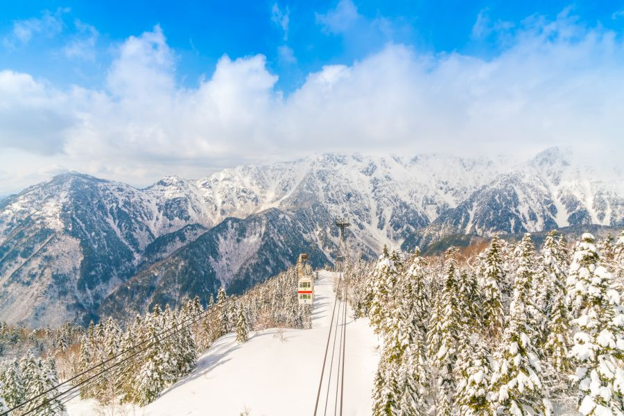 Snowy Japan Tours in the Summer: Shinhotaka Ropeway