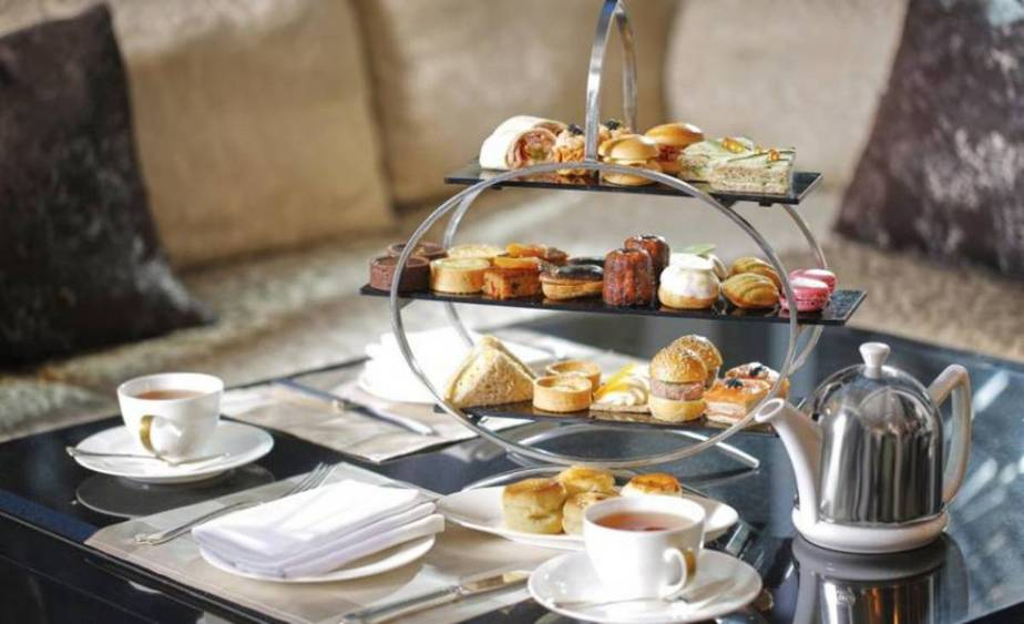 11 Best Places for Fancy Tiered High Tea in Singapore