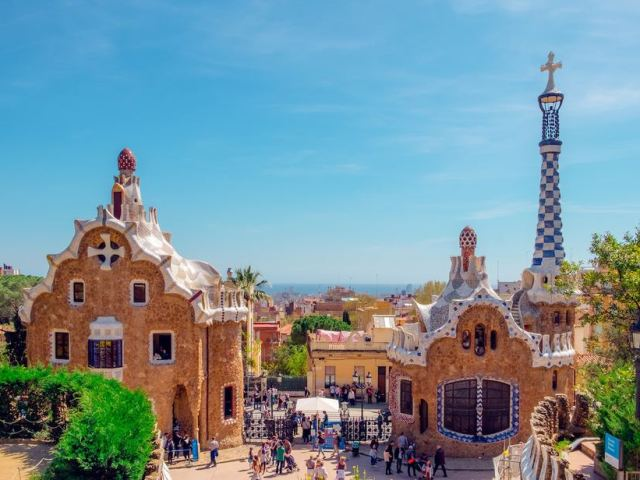 How to get Around Barcelona: Spain Transportation Guide