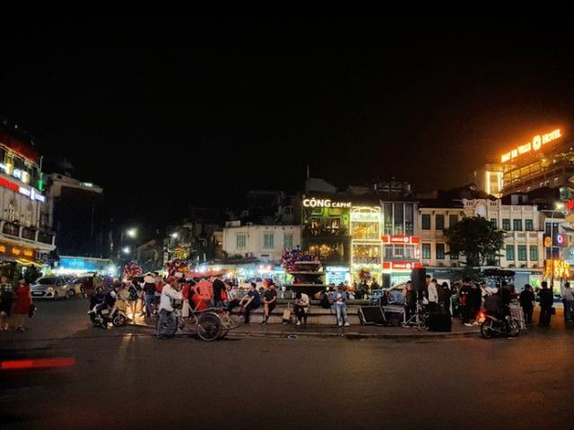 Awesome Things To Do In Hanoi's Old Quarter At Night