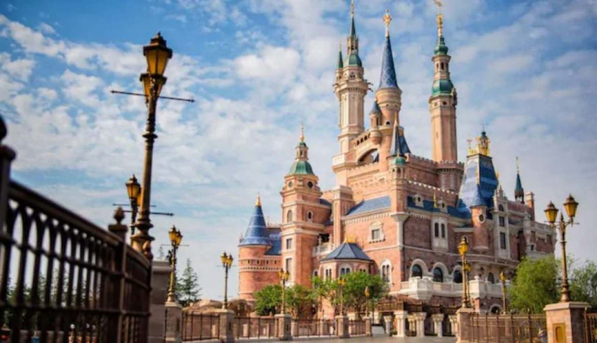 10 Things You Should Know Before Visiting Shanghai Disneyland