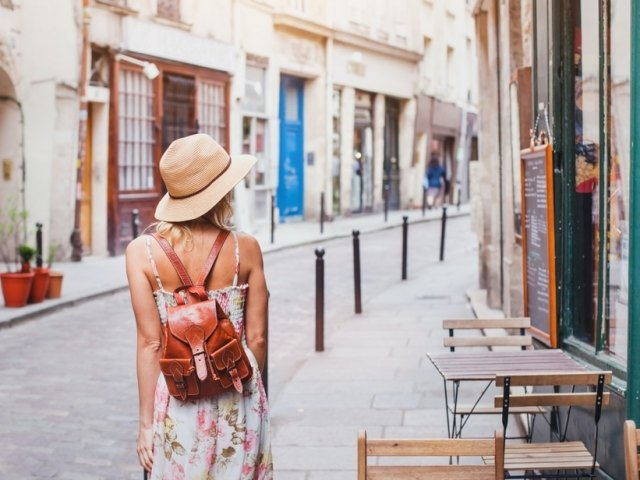 Jet-Setting Women Share Tips For First-Time Solo Female Travelers