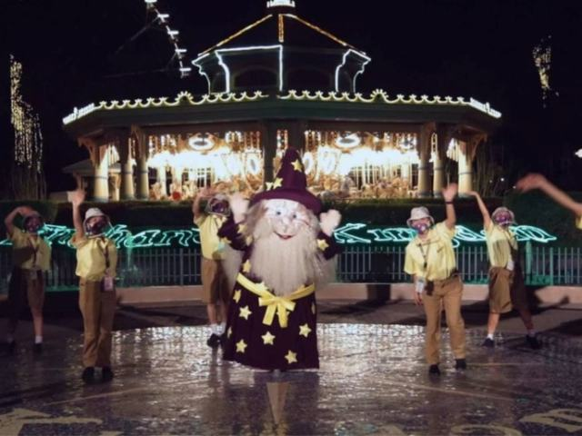 Enchanted Kingdom Will Be Open Every Day This Holiday Season!