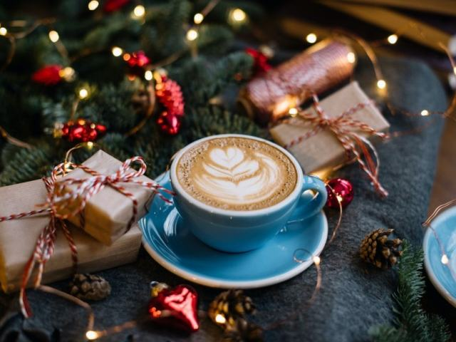 5 Perfect Gifts for Coffee Lovers