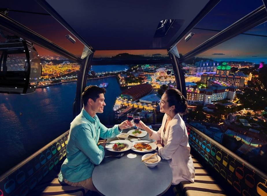 5 Reasons Why You Should Try Singapore Cable Car Sky Dining On Your Next Date Night