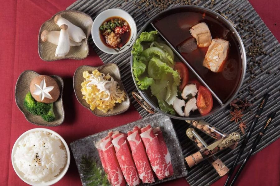 Red 99 Best Sichuan Style Hot Pot in Taipei Taiwan
