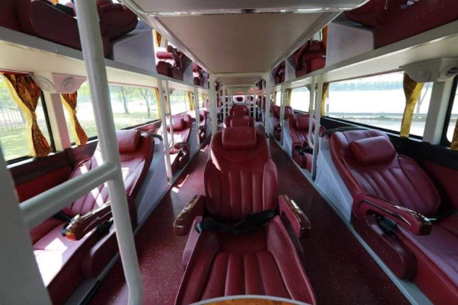 Hanoi to Sapa Bus interior