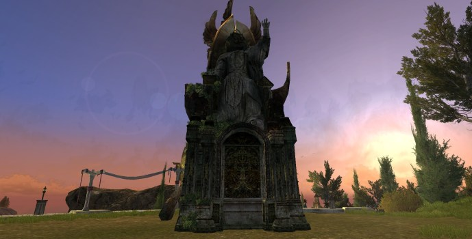 Statue of the Fallen King