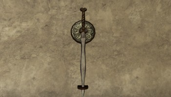Wall-Mounted Halberd of the Vales - LotRO Housing by D&Co du