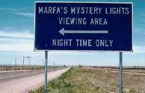 Marfa lights viewing area this way