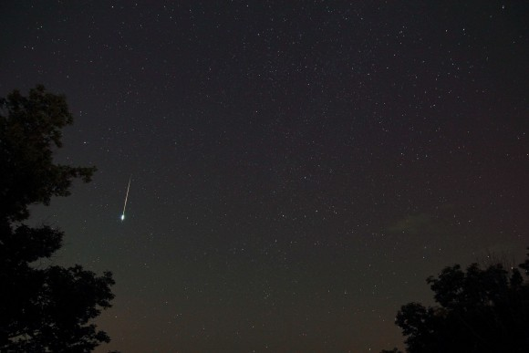 EarthSky Facebook friend Eddie Popovits caught this Perseid fireball in early August 2014.