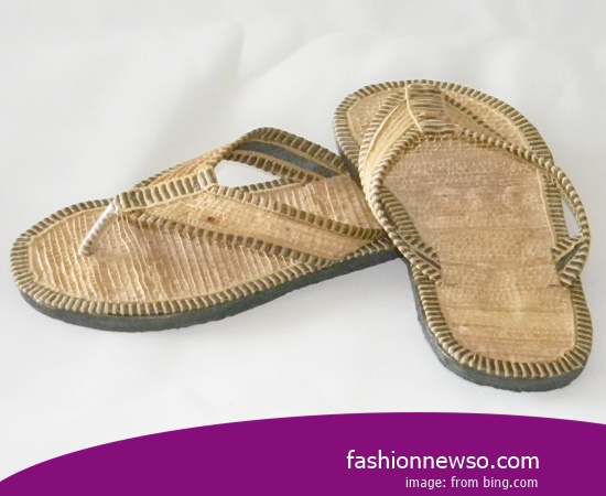 Multiple Of Motif Traditional Sandals Tarumpah Be Branded