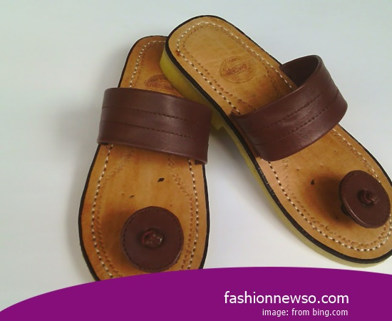 Sorts Of Model Traditional Sandals Tarumpah Leather Materials
