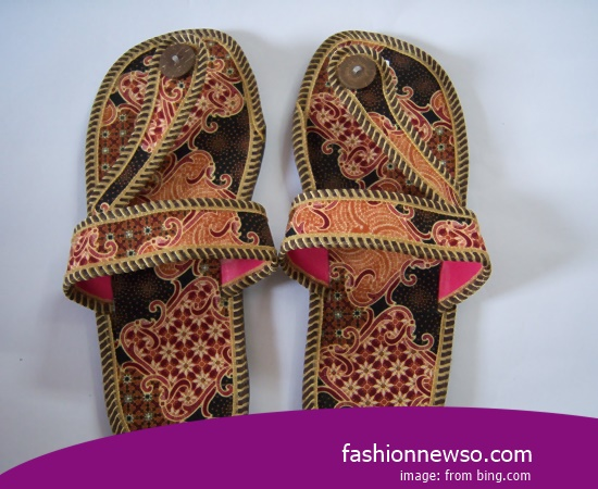 Sorts Of Motif Traditional Sandal Bakiak Native Java