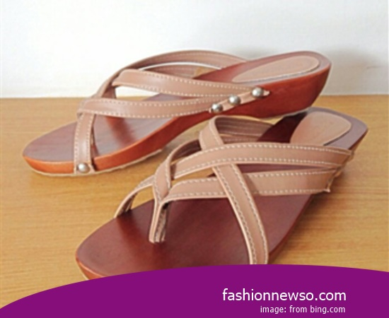 Multiple Of Model Traditional Kelom Sandals Casual