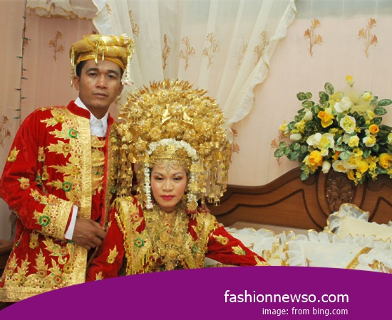 Heres Model Clothes Traditional Central Kalimantan