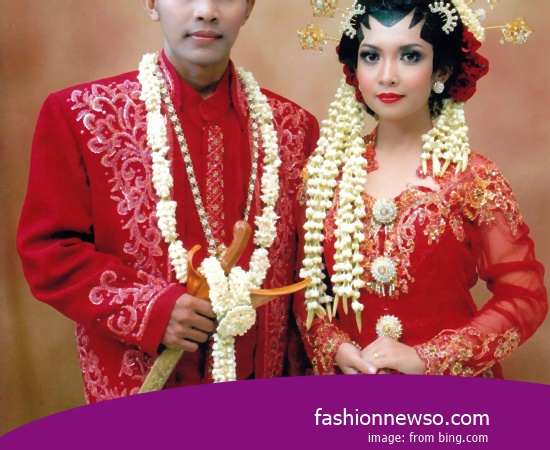 Example Of Type Clothes Family Batik 5 Pax