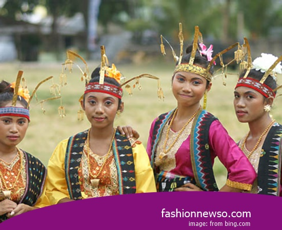 Example Of Design Apparel Traditional Riau Islands