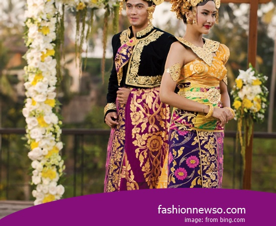 Some Type Of Apparel Typical Traditional Brides Riau In Indonesia