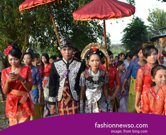 Various Motif Of Fashion Typical Traditional Brides North Sumatra Ulos In Indonesia