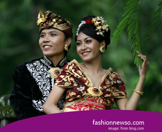 Some Motif Of Apparel Distinctive Weddings Kebaya Central Java bastions In Indonesia