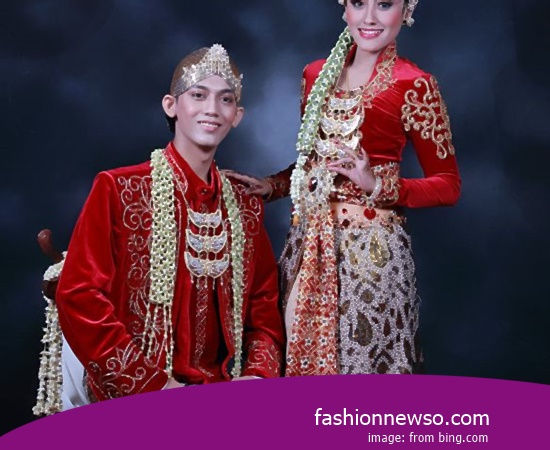 Some Type Of Apparel Traditional Weddings Tolaki Central Sulawesi In Indonesia