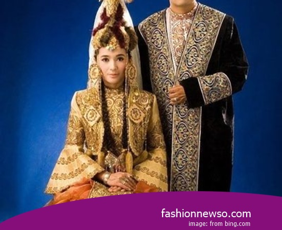 Wholesale Place Of Fashion Typical Traditional Brides The Gamuling of South Kalimantan In Indonesia